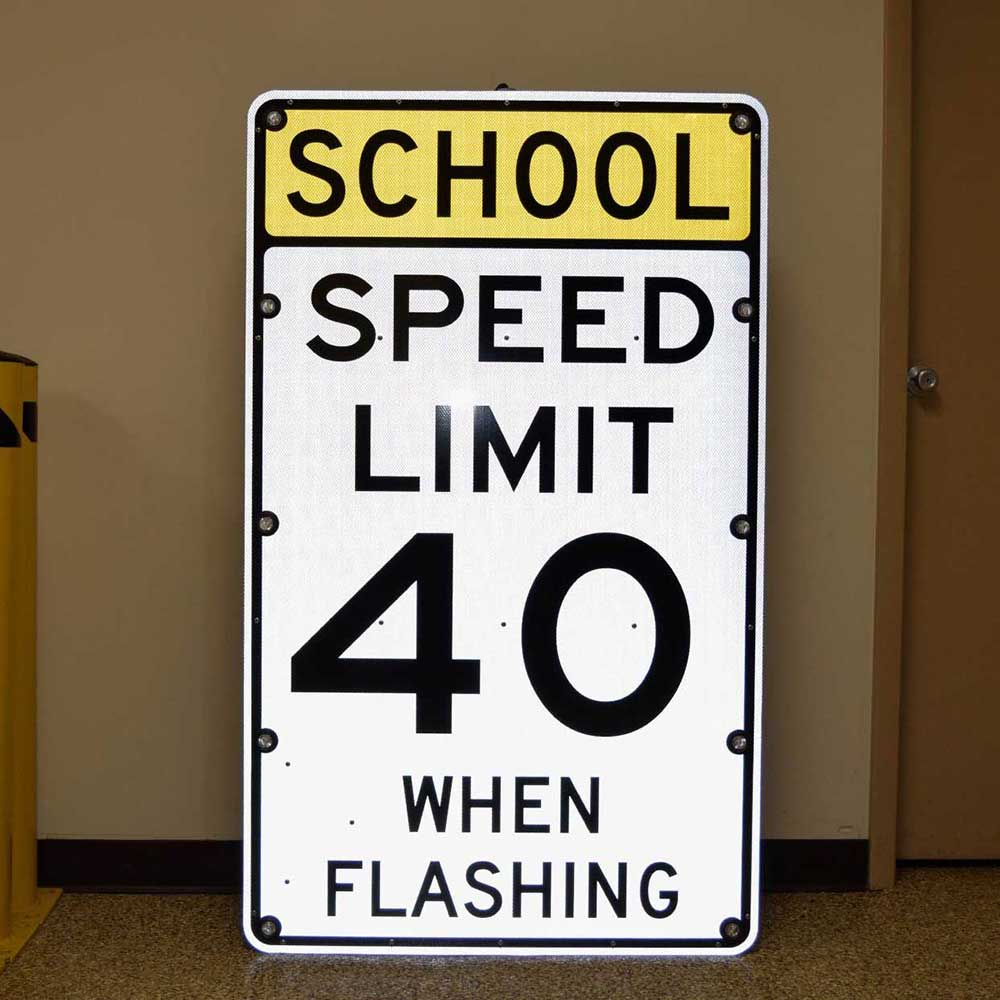 "TS40 ""SCHOOL SPEED LIMIT"" Flashing LED Edge Lit Sign"